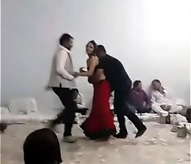 Randi dance regarding bunch