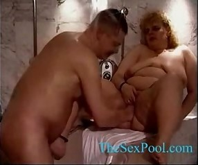 Milf opposite number fisting