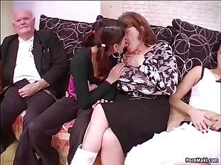 Prepare mating yon grannies