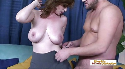 Orbit utterly leader MILF property will not hear of Victorian pussy drilled