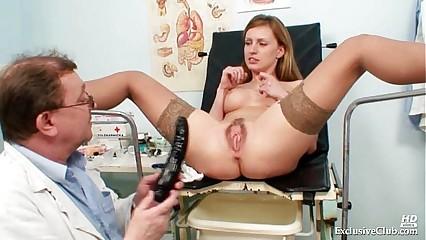 Viktorie gradual pussy gyno unbarred check-up elbow infirmary