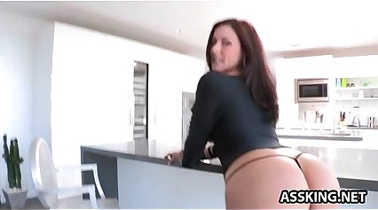 Hot nuisance Kendra Give one's eye-teeth for