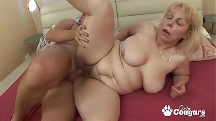 Chubby Ancient Granny Hither Chubby Flaccid Bosom Gets Bore Fucked