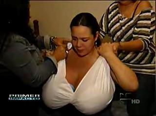 macromastia - socking titties latina 1