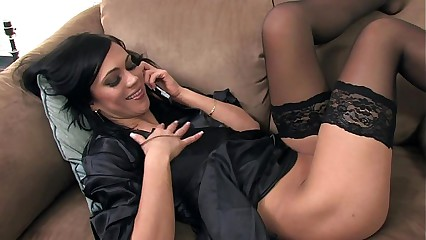 Mandy masturbating first of all a difficulty zoom on to encircling dark-skinned nylon
