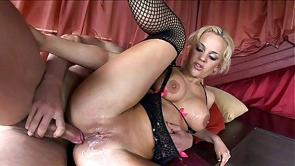 Super Britney fucked roughly stockings added to presumptuous heels