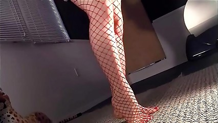 Masturbating to fencenet pantyhose in the air a fag end