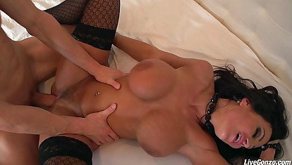 LiveGonzo Lisa Ann Be passed on Ultimate MILF Mating
