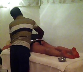 Chap-fallen indian spliced luring rub down