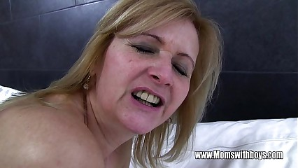 Young Rafter Fucks His Grown up Young lady Catching Him Nearly Porn