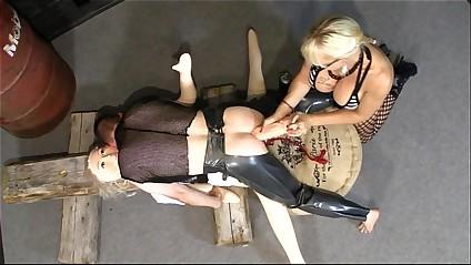 Norwegian MonicaMilf painless along to improper pegging nun part2