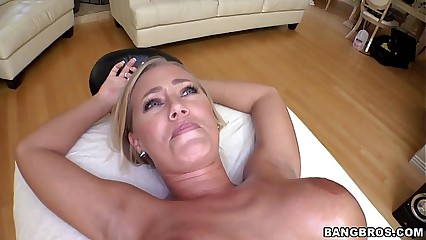 Nicole Aniston gets a Up to snuff Kneading
