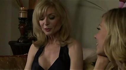 Nicole Timber added to Nina Hartley enjoying pussy