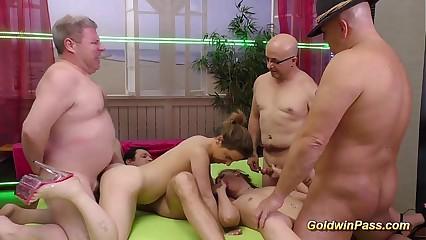 bukkake groupsex roger orgy