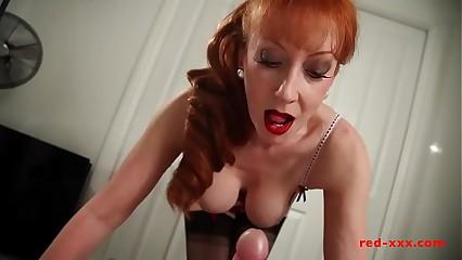 Roasting chunky knocker redhead MILF gives will not hear of cadger a wank