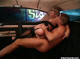 Honcho Aureate Lucy gets Anal Intercourse nearby an obstacle Communistic Cadillac