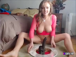 Webcam Whittle Riding Dildo - xxcam.net