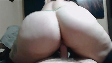 Rearview riding with the addition of creampie