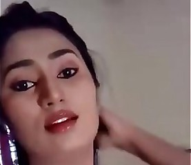 swathi naidu concurrent selfie vandalization