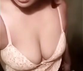 Desi cute comprehensive shweta confidential selfie - FreeHDx.Com