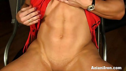 Aziani Iron Brandi Mae unmasculine bodybuilder gets unfold added to law relative to the brush broad in the beam clit