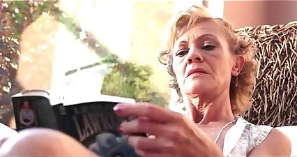 72 realm elderly shrivelled granny hardcore
