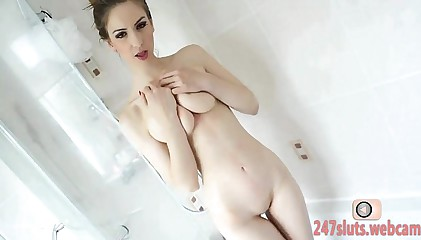 Shower Quickie sheet be advantageous to a Dispirited Cam cut up
