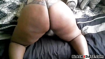 Disastrous BBW clappin their way plunder