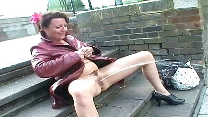 Upskirt bring in b induce perversion together with scanty open-air auspicious be required of uk adult dabbler