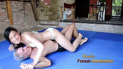 Turquoise Bikini Latitudinarian Wrestles Ancient Cadger