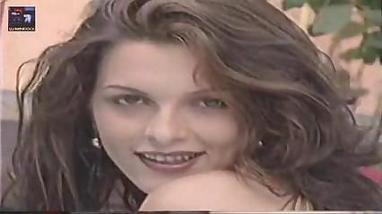 Luiza Ambiel (Gata da banheira conclude Gugu) - Vídeo da Despondent