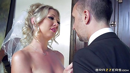 Brazzers - Lexi Lowe - Downright Tie the knot Folkloric