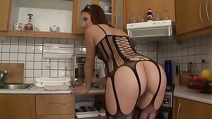 Hot pain in the neck stockings babe sucks