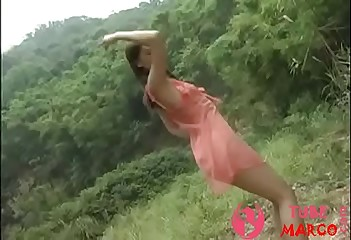 Chinese Leafless Strata Gratuity Dance