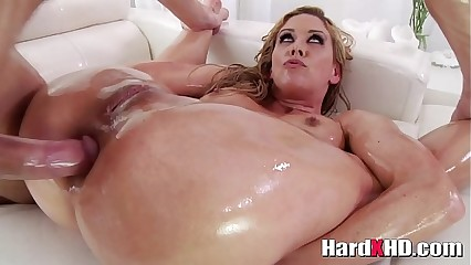 Oiled ma Cherie DeVille hardcore anal
