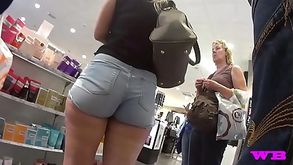 Shorts Voyeur 27