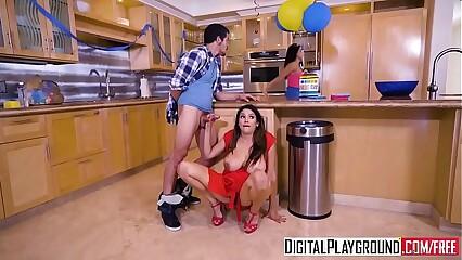 DigitalPlayground - My Girlfriends Hot Mummy - Missy Martinez together with Bambino