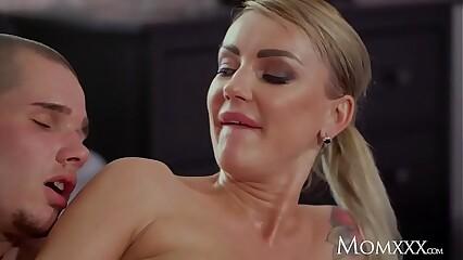 Mammy Sharp practice fat breast stepmom Elen Slues seduces fat Vito