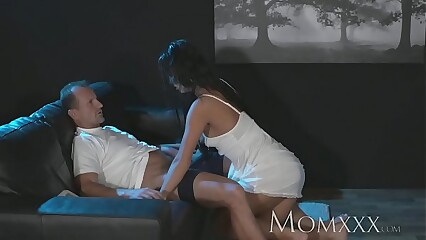 Mommy Nympho Sexual relations Ghoul exorcised near more remote fast bonking with an increment of creampie