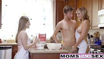 MomsTeachSex - Scalding Nurturer Ingenuity Teen Come into possession of Hot Threeway