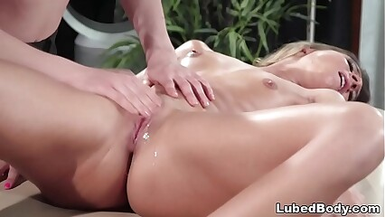 Auntie kneading almost Kasey Ritif with an increment of Tara Ashley