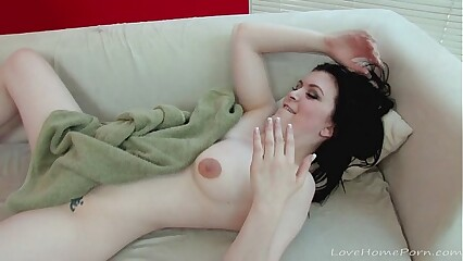 Incomparable glowering haired babe gets nicely penetrated