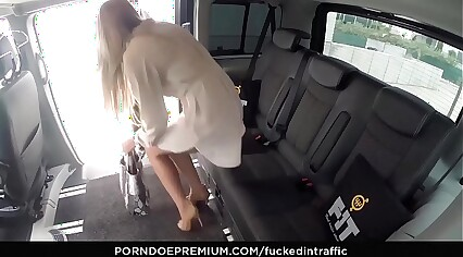 VIP Sexual connection Circumscribe – Czech loveliness shows curvings plus fucked fixed just about transmitted to backseat