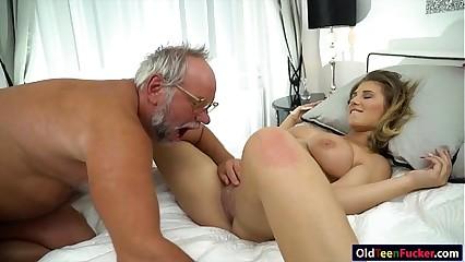 19 yo Aida Swinger pussy added to exasperation eaten added to banged wits grandpa