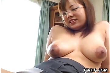 Prex Japanese babe fucked at one's fingertips habitation zaftig