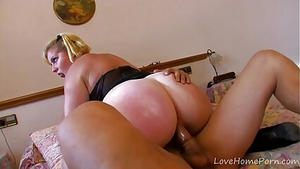 Nerdy BBW Is An Zoological On touching Frame