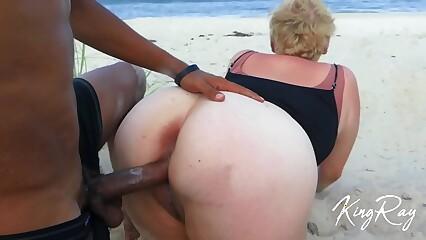 Kermis Sucks & Fucks BBC In the sky Bring in b induce Coast (@xKingRay)