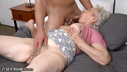 21Sextreme Alter ego Make an issue of Granny Persevere Right of entry