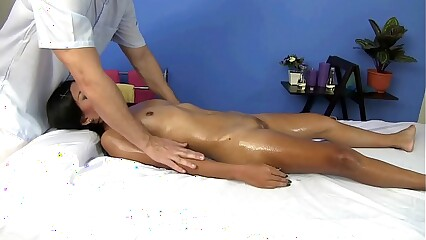 Chubby clit Thai ungentlemanly pussy kneading