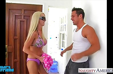 Comme ci babe Nikki Benz gives blowjob in the air POV associated with